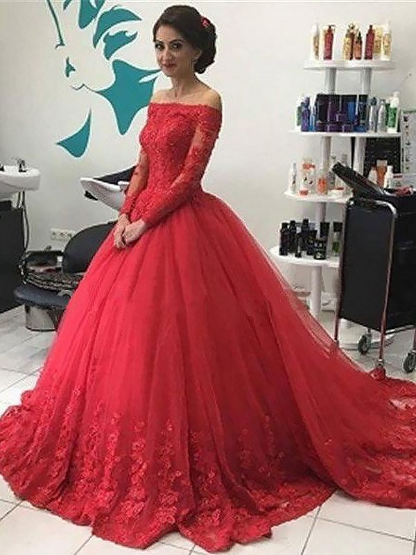 Fabulous Ball Gown Off-the-Shoulder Long Sleeves Lace Tulle Long Dresses