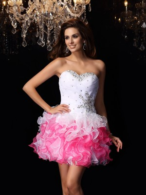 A-Line/Princess Organza Sweetheart Sleeveless Short Cocktail Dresses With Ruffles