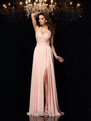 A-Line/Princess Halter Lace Sweep/Brush Train Sleeveless Chiffon Dresses