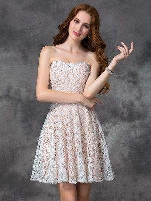 Sweetheart A-line/Princess Lace Sleeveless Short Lace Cocktail Dresses