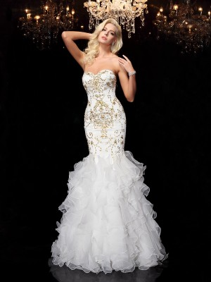Trumpet/Mermaid Sweetheart Floor-Length Sleeveless Organza Dresses With Beading