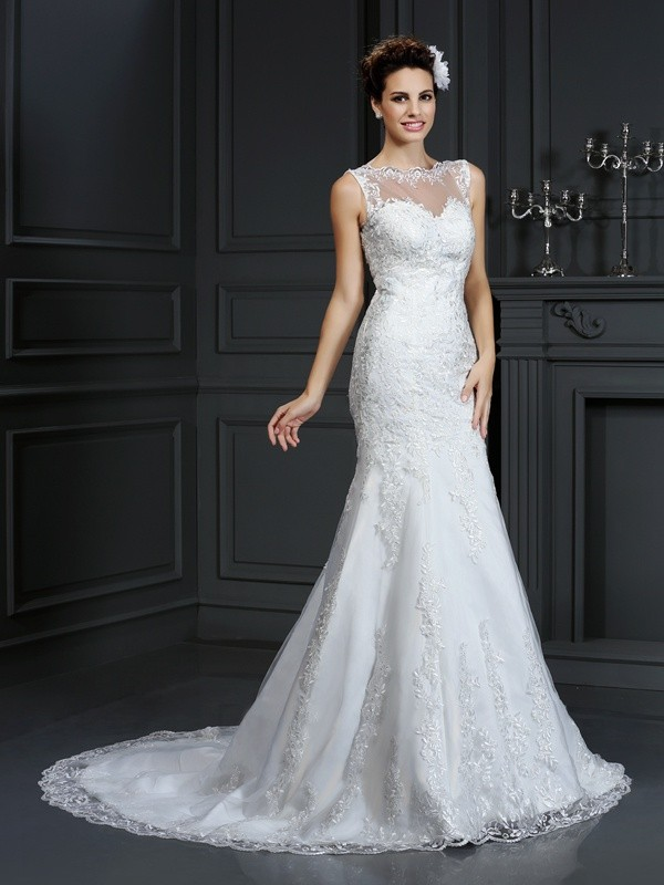 Delicate Sheath/Column Satin Bateau Lace Sleeveless Long Wedding Dresses