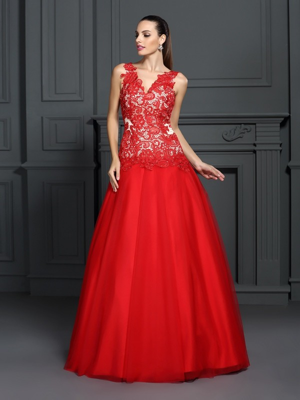 Fantastic Ball Gown V-neck Lace Sleeveless Long Lace Quinceanera Dresses