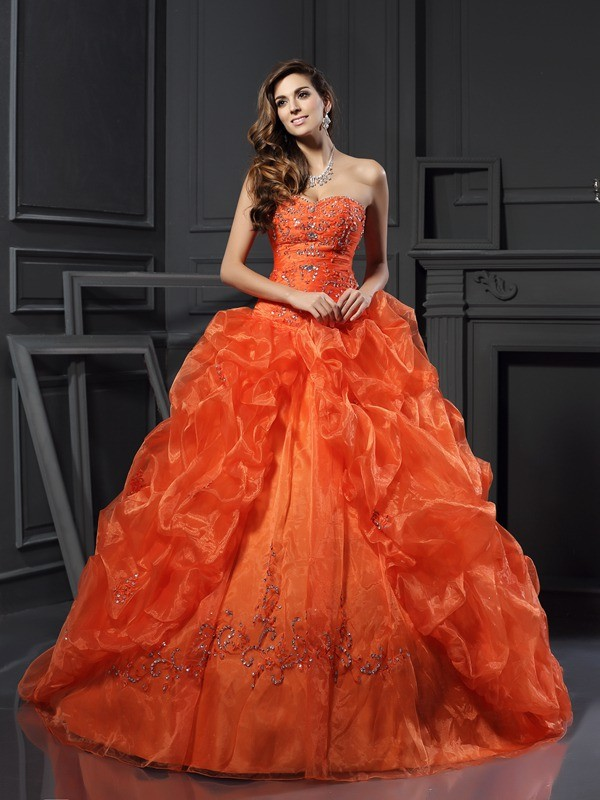 Ball Gown Sweetheart Organza Sleeveless Long Quinceanera Dresses With Beading