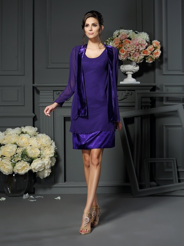 A-Line/Princess Square Sleeveless Short Chiffon Mother of the Bride Dresses With Beading