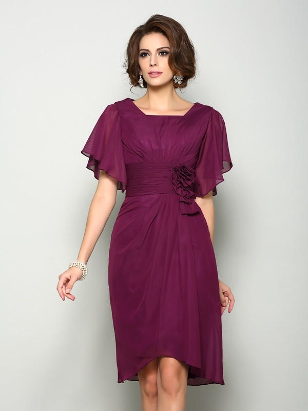 A-Line Square Hand-Made Flower Short Sleeves Short Chiffon Mother of the Bride Dresses