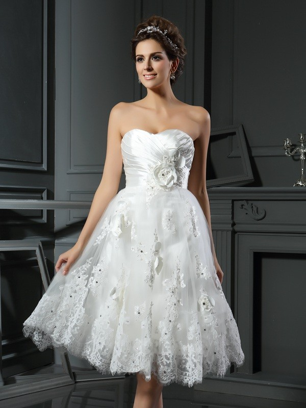 A-Line/Princess Sweetheart Sleeveless Short Satin Wedding Dresses With Ruched