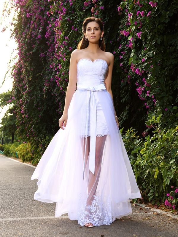Trumpet/Mermaid Sweetheart Sleeveless Long Tulle Wedding Dresses With Applique