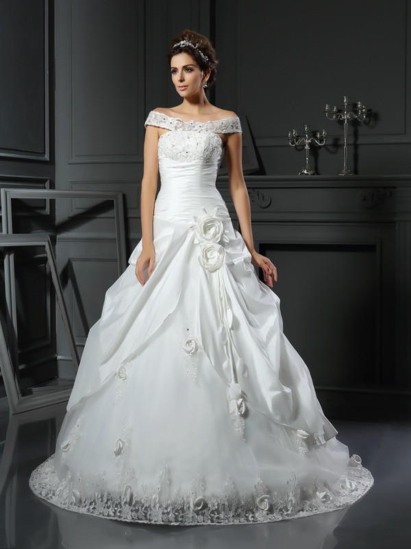 Off-the-Shoulder Ball Gown Hand-Made Flower Satin Sleeveless Long Wedding Dresses