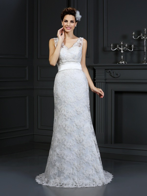 Trumpet/Mermaid Sweetheart Sleeveless With Applique Long Lace Wedding Dresses