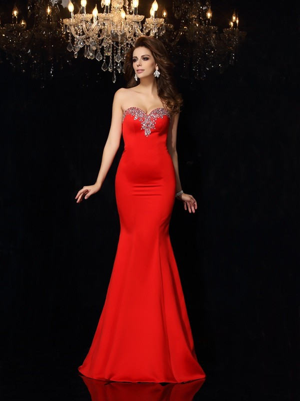 Sheath/Column Sweetheart Sleeveless Long Satin Dresses With Beading
