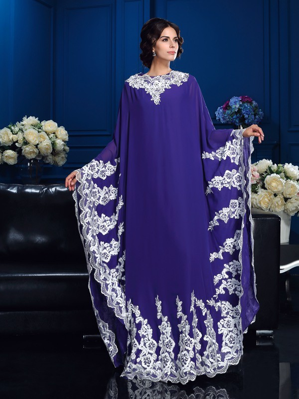 A-Line/Princess Scoop Long Sleeves Long Chiffon Mother of the Bride Dresses With Applique