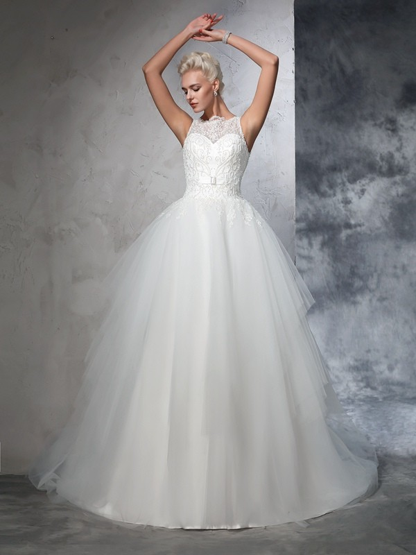 Wonderful Ball Gown Bateau Sleeveless Long Net Wedding Dresses With Applique