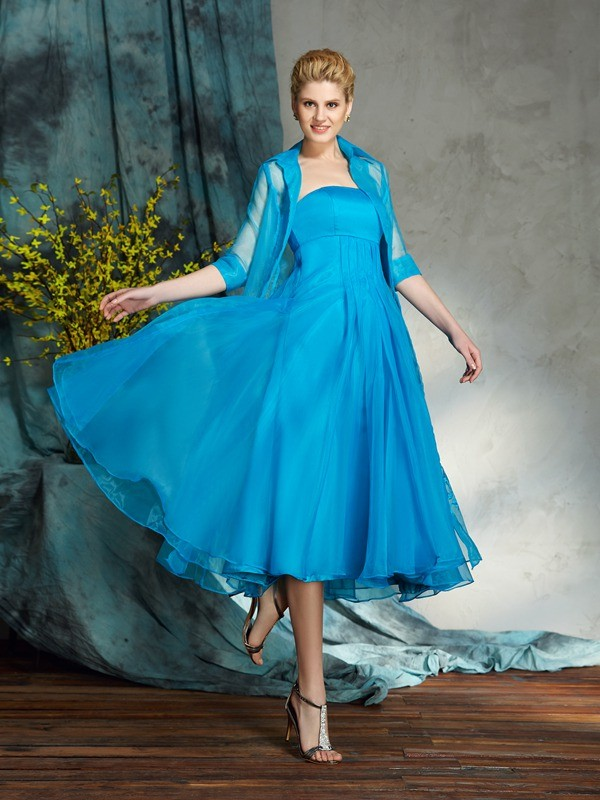 A-Line/Princess Strapless Sleeveless Short Organza Mother of the Bride Dresses With Applique