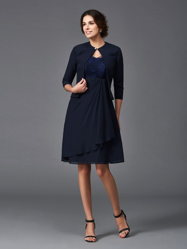 A-Line/Princess V-neck Lace 1/2 Sleeves Chiffon Short Mother of the Bride Dresses
