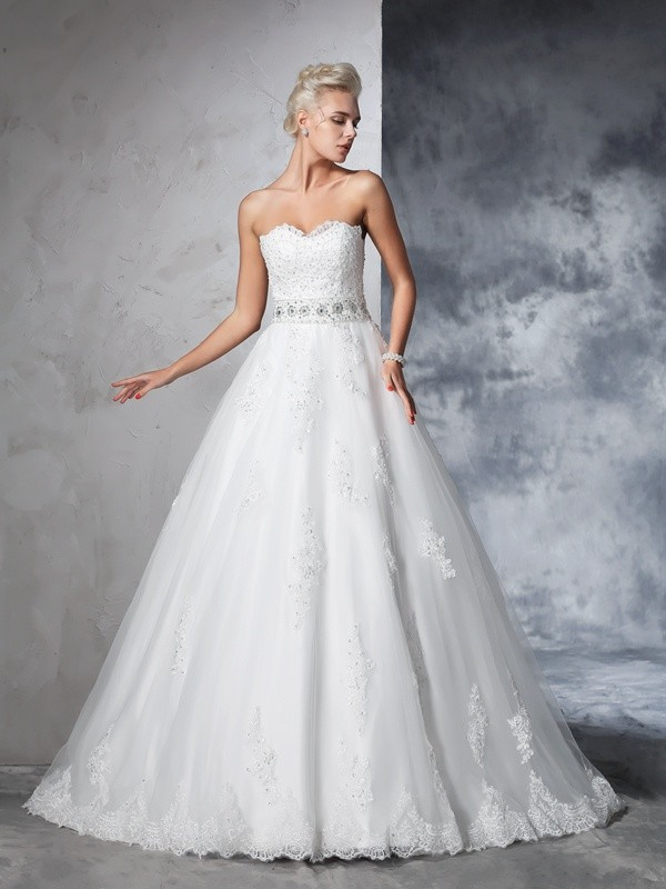 Ball Gown Sweetheart Sleeveless Long Net Wedding Dresses With Applique