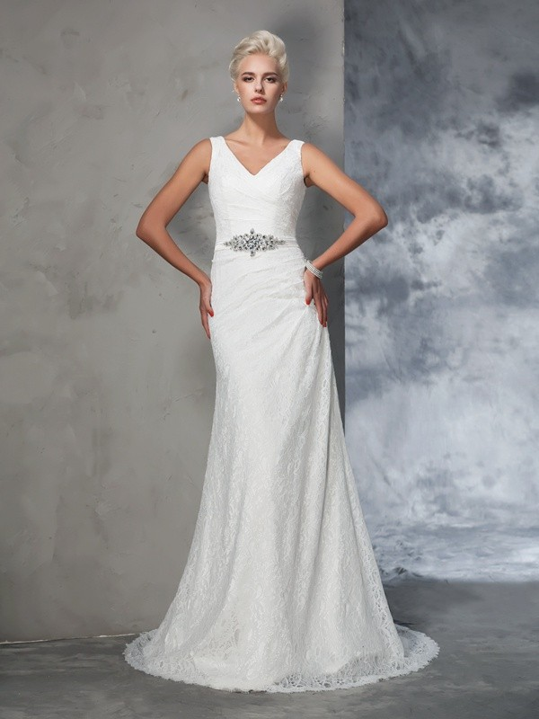 Trumpet/Mermaid V-neck Court Train Lace Sleeveless Lace Wedding Dresses