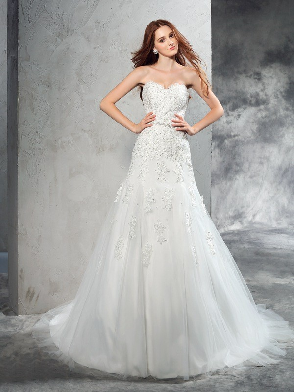 Sheath/Column Sweetheart Sleeveless Long Satin Wedding Dresses With Applique