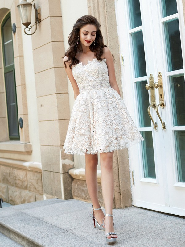 Sweetheart A-Line/Princess Sleeveless Rhinestone Lace Short/Mini Dresses