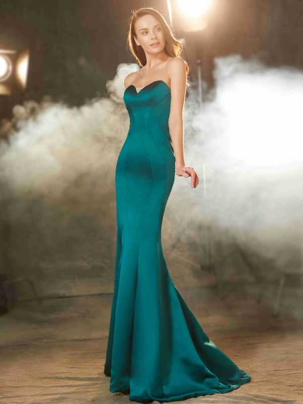 Sweep/Brush Train Mermaid Sweetheart Sleeveless Satin Dresses With Ruched