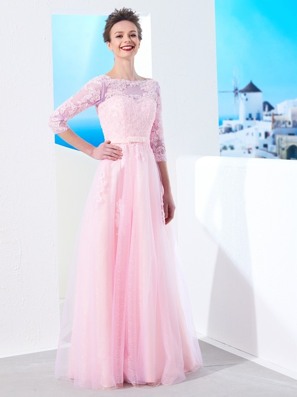 A-Line/Princess Bateau 1/2 Sleeves Floor-Length With Applique Tulle Dresses