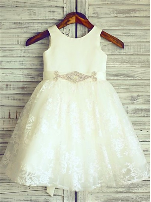 A-Line/Princess Scoop Sleeveless Knee-Length Sash/Ribbon/Belt Lace Flower Girl Dresses