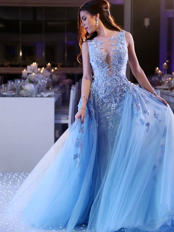 Popular Ball Gown Scoop Sweep/Brush Train Sleeveless Tulle Dresses