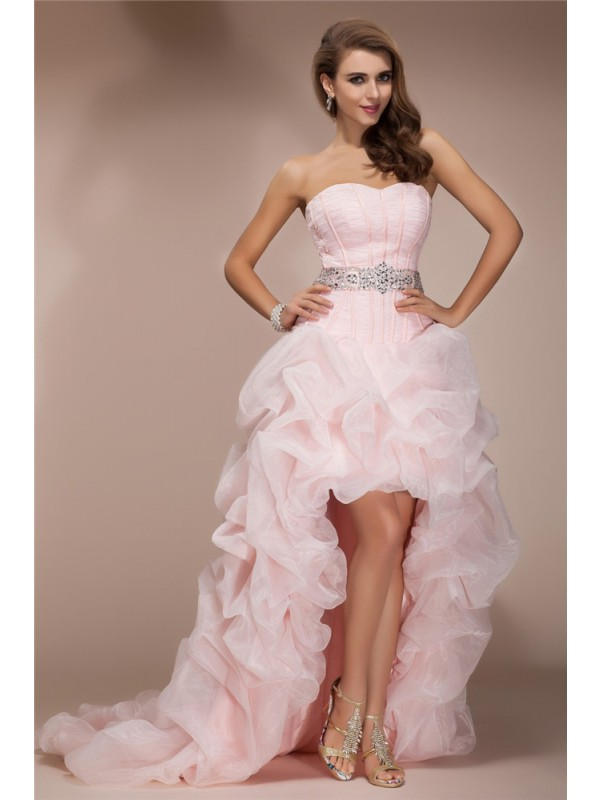 A-Line/Princess Sweetheart Sleeveless High Low Organza Dresses With Beading