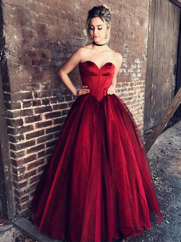 Ball Gown Sweetheart Floor-Length Sleeveless Tulle Dresses With Ruffles