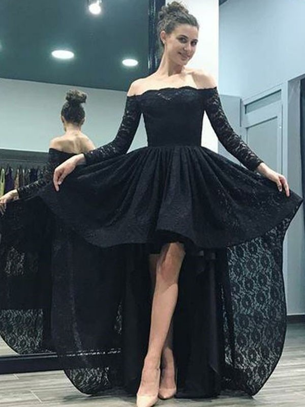 A-Line/Princess Long Sleeves Off-the-Shoulder Sweep/Brush Train Lace Dresses