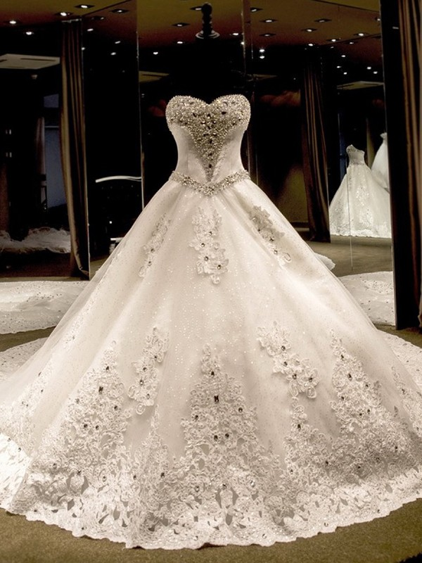 Ball Gown Sleeveless Sweetheart Cathedral Train Tulle Wedding Dresses