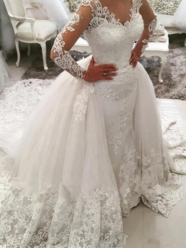 Adorable Ball Gown Long Sleeves V-neck Tulle Long Wedding Dresses