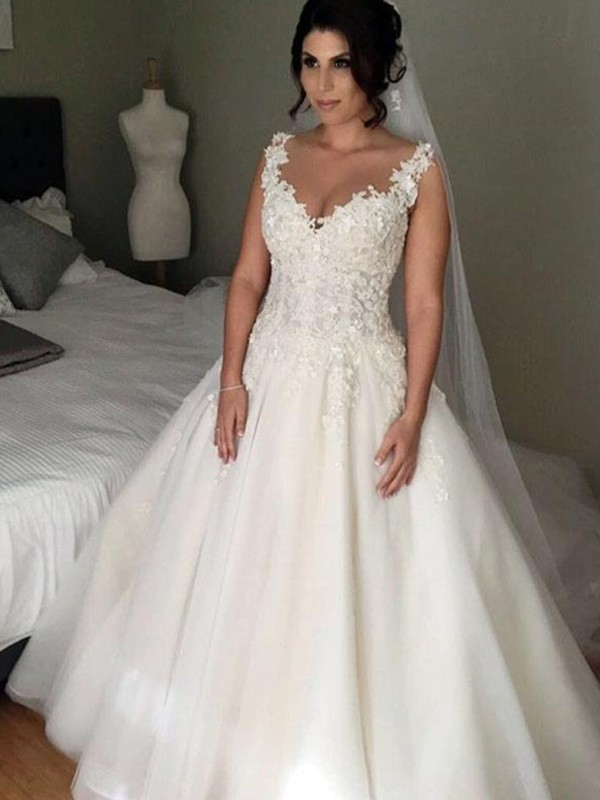 Awesome Ball Gown Sleeveless V-neck Court Train Tulle Wedding Dresses