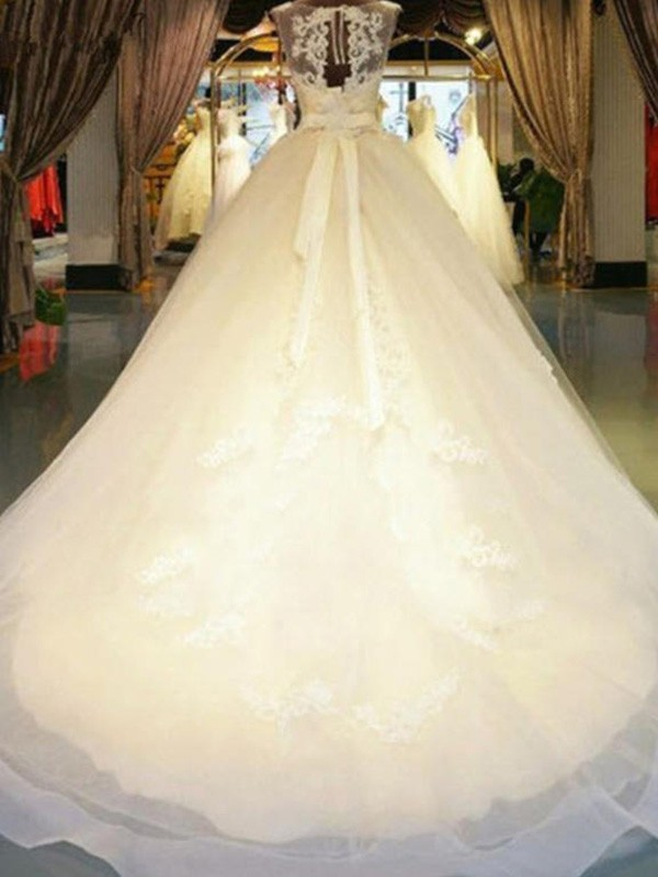 Ball Gown Sleeveless Off-the-Shoulder Sweep/Brush Train Lace Wedding Dresses