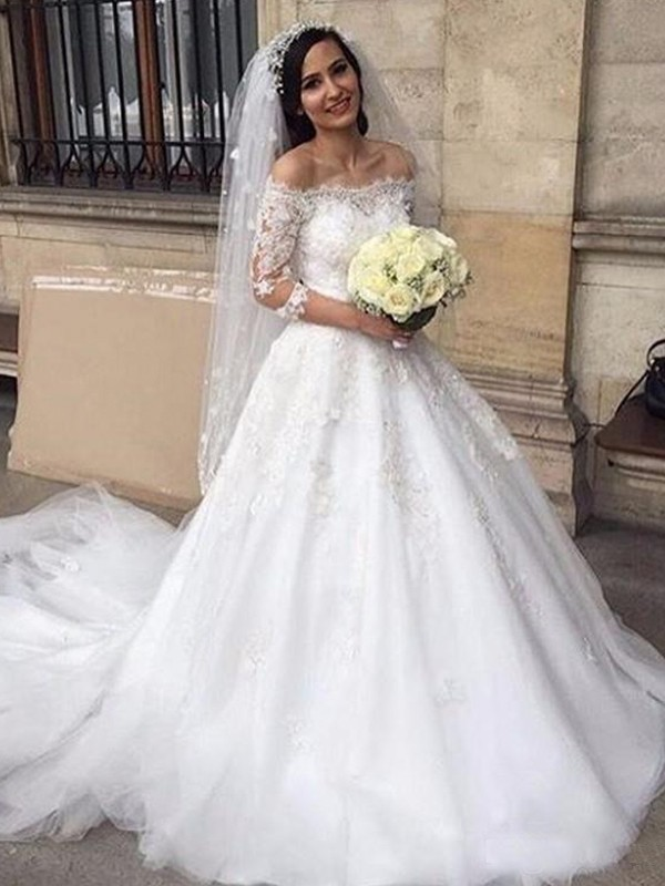 Romantic Ball Gown Off-the-Shoulder Tulle Chapel Train Wedding Dresses