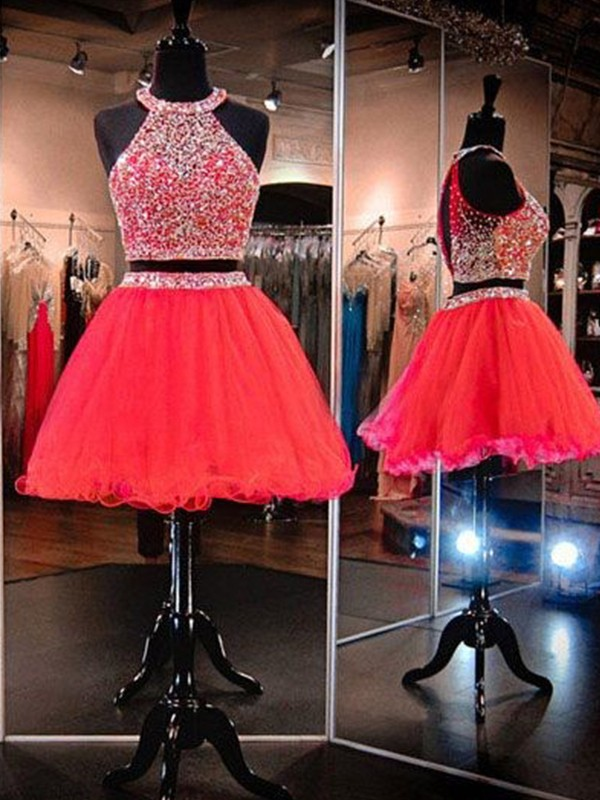 Stunning A-Line/Princess Sleeveless Short/Mini Halter Tulle Dresses