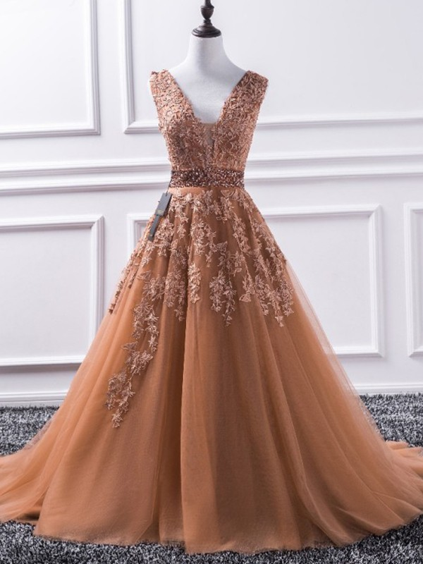 A-Line/Princess V-neck Sweep/Brush Train Sleeveless Tulle Dresses