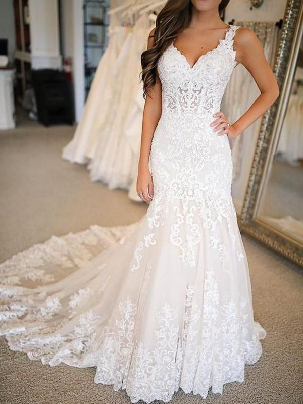 Trumpet/Mermaid Tulle V-neck Sleeveless Sweep/Brush Train Wedding Dresses With Applique