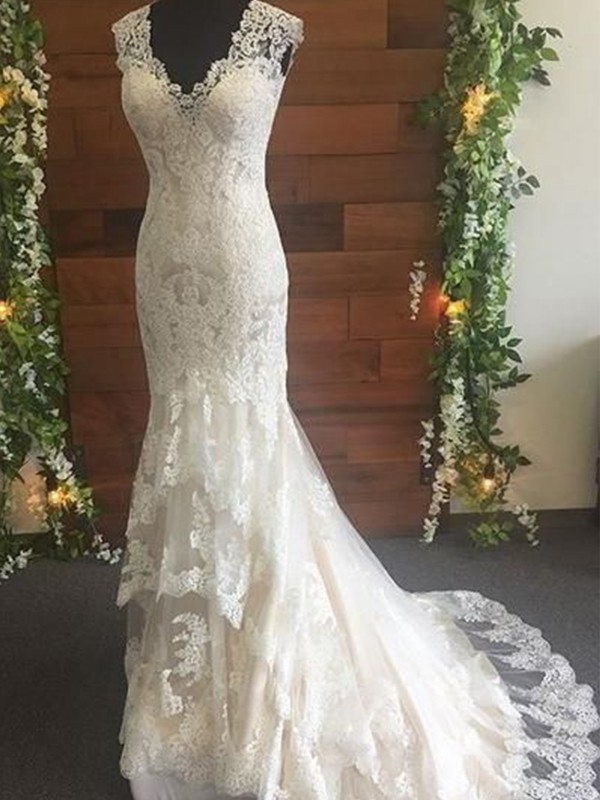 Trumpet/Mermaid Lace V-neck Sleeveless Tulle Sweep/Brush Train Wedding Dresses