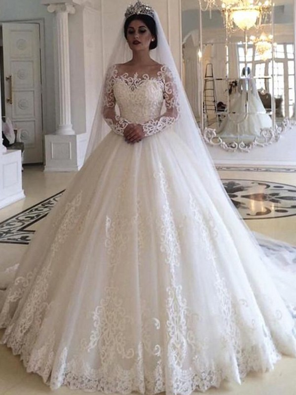 Ball Gown Tulle Off-the-Shoulder Long Sleeves Sweep/Brush Train Wedding Dresses With Applique