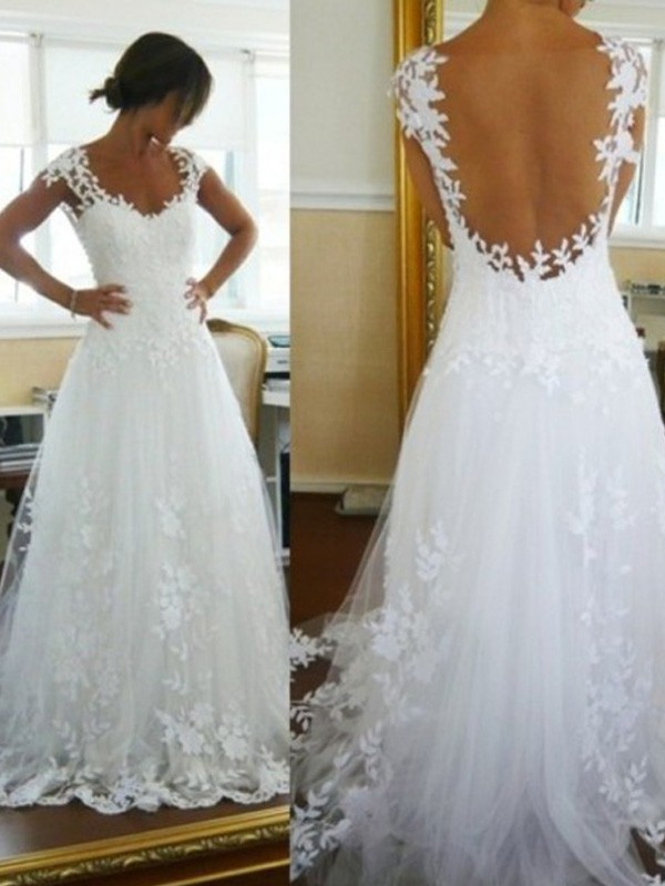 Sweep/Brush Train A-Line/Princess V-neck Lace Sleeveless Tulle Wedding Dresses