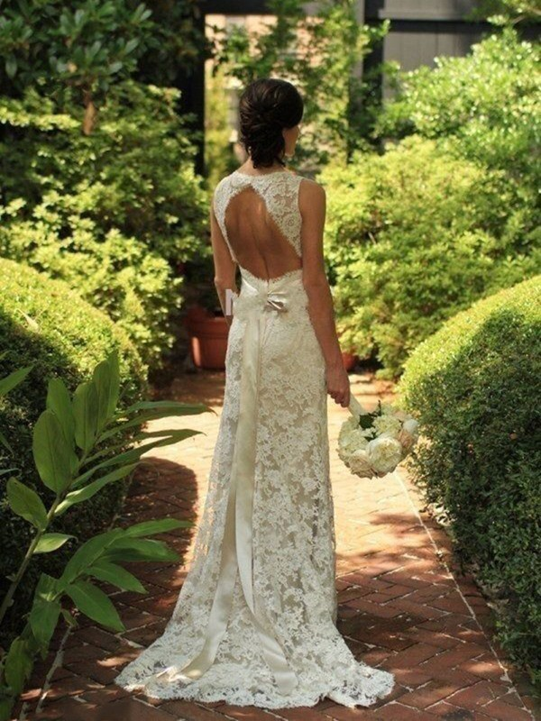 Classical Sheath/Column Sleeveless Lace V-neck Sweep/Brush Train Wedding Dresses