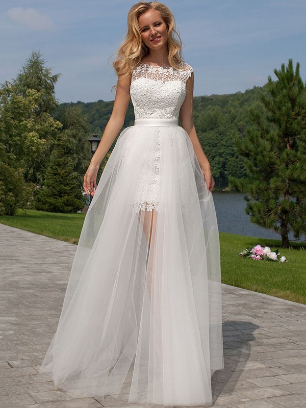 Floor-Length Sheath/Column Sleeveless Lace Scoop Tulle Wedding Dresses