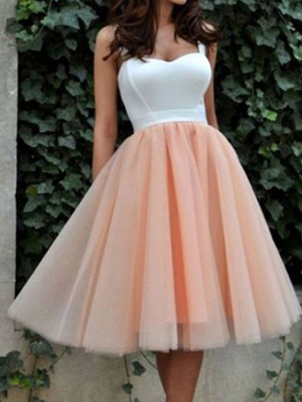 Elegant Miss A-Line/Princess Sleeveless Sweetheart Tulle Knee-Length Dresses