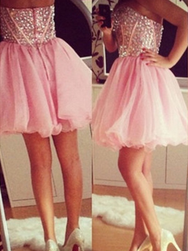 A-Line/Princess Sweetheart Tulle Sleeveless Short/Mini Dresses With Beading