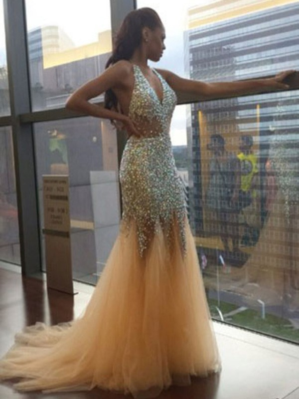 Adorable Court Train Trumpet/Mermaid Halter Sleeveless Tulle Sequin Dresses