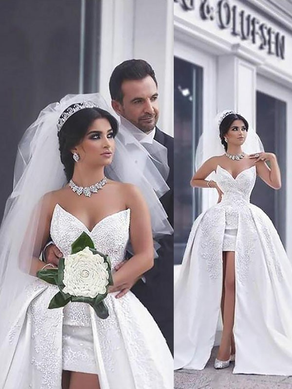 Graceful Ball Gown Sleeveless Sweetheart Chapel Train Satin Wedding Dresses