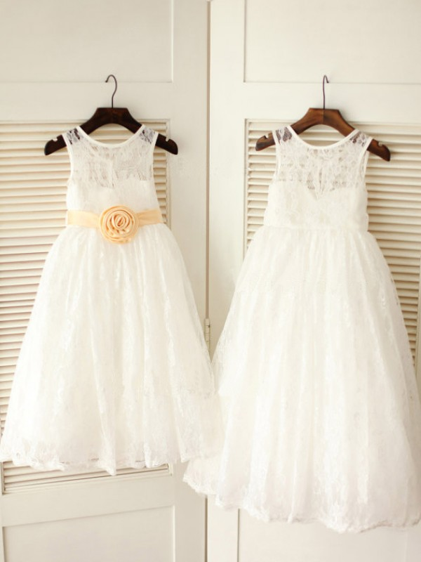 A-Line/Princess Scoop Sleeveless Sash/Ribbon/Belt Lace Ankle-Length Dresses